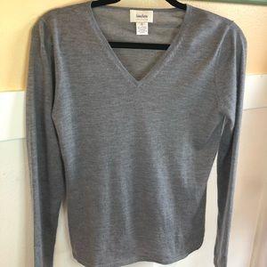 Neiman Marcus cashmere sweater gray Sz Sm *Flaw*